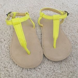 Baby gap neon T-strap sandals